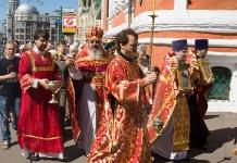 День Всех святых, в земле Российской просиявших - 17 июня 2012